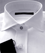 Classic and elegant Italian shirts manufacturing, formal shirts made in Italy men and women shirts manufacturer facilities for design, styling of classic and formal mens shirts cutting, assembly and finishing of summer fashion women shirts, Italian shirs manufacturer of classic and trend slim fit fashion women and mens shirts producers for customer brands and distributors of the made in Italy fashion shirts. Texil3 designs and produces high end mens and women shirts for customer formal and casual collections using the finest cotton, with classical collars, complimentary brass collar stiffeners and single or double cuffs. We produces classic men shirts for Ugo Boss and Paul Shark brands maintaining high quality production process and perfect Made in Italy style